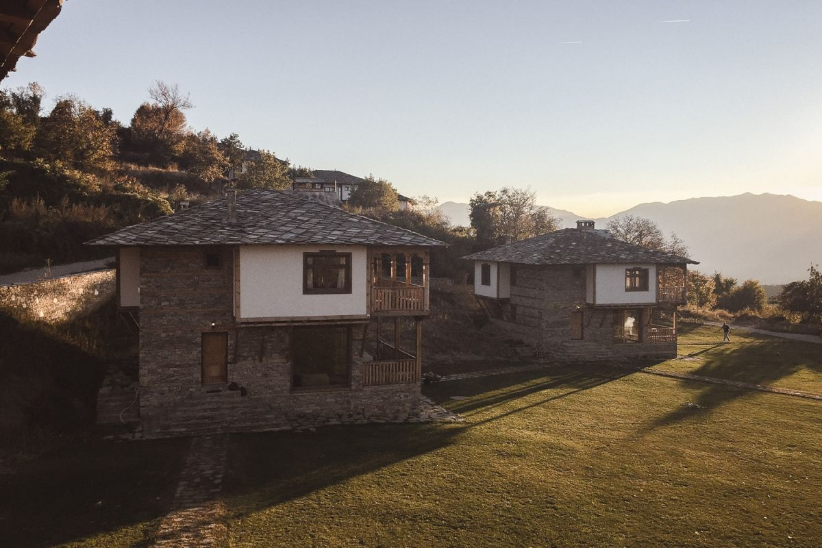 Къщи за гости Лещен